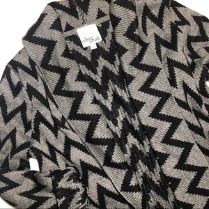 Cozy sweater cardigan thick fringe Aztec